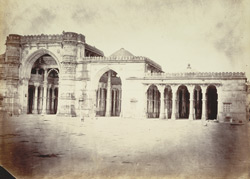 North part of the façade of the Jami Masjid, Ahmadabad 1800